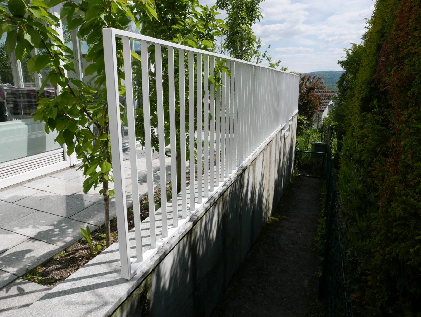 Xpress-Geländer Verkehrsweiss
